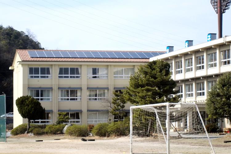 東山中学校発電所/米子市(容量 49.5kW)
