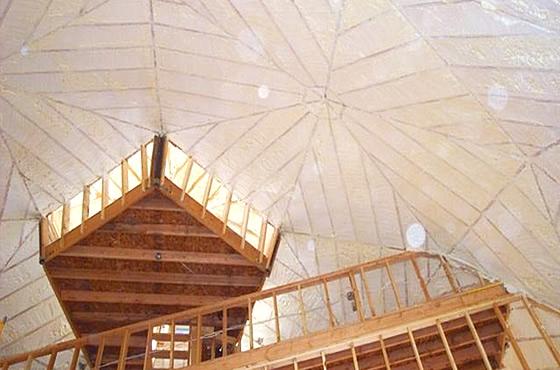 ドームハウス天井